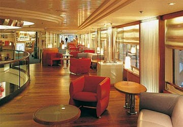 brittany_ferries_mont_st_michel_sitting_area